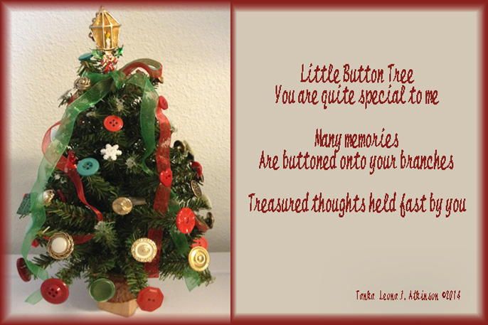 Button Christmas Tree--Tanka poem