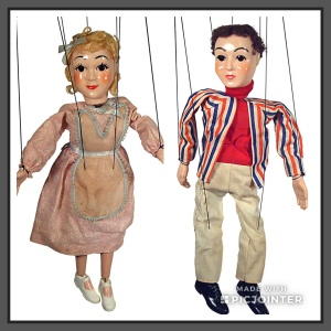 Marionettes, 2 puppets on a string