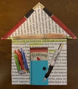 Paper House created by @LeonasDesigns 2019