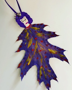 Purple leaf lady, painted leaf art